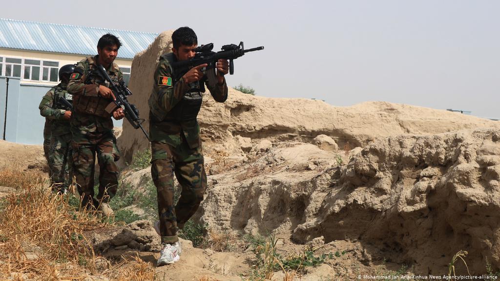 अफगानिस्तानमा हवाई कारबाही, २१ तालिबानी लडाकू मारिए