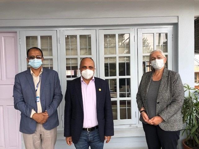 आइओएमकी नेपाल प्रमुख ल्याण्डो र एनआरएनएका अध्यक्ष पन्तबीच भेटवार्ता