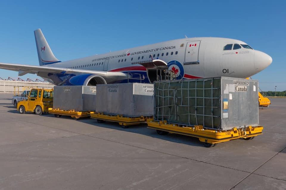 क्यानाडाले विशेष विमानमार्फत नेपाललाई स्वास्थ्य सामग्री पठायो