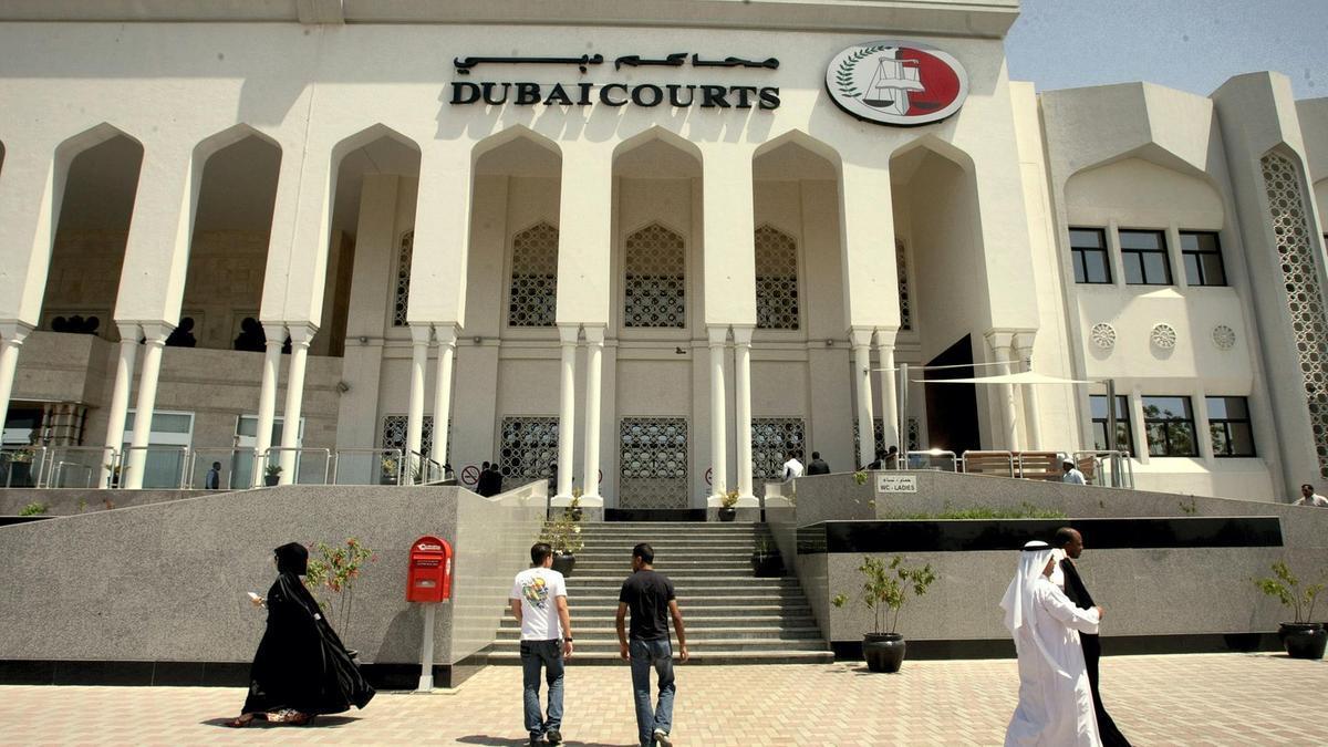 दुबईमा चक्कु प्रहार गरि श्रीमती मार्ने नेपाली युवालाई २५ वर्षको जेल सजाय