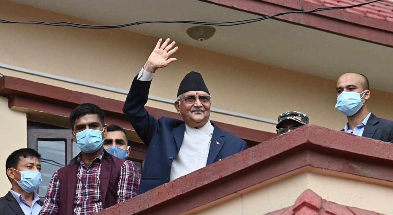 माधव नेपाललाई एमालेमा ठाउँ छैन : अध्यक्ष ओली