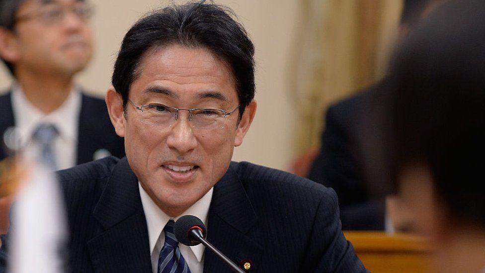 फुमिओ किशिदा जापानको नयाँ प्रधानमन्त्री बन्ने निश्चित