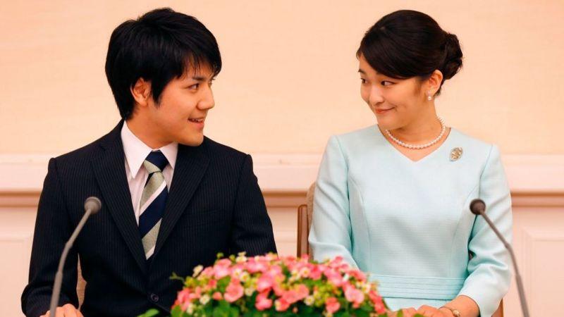 जापानी राजकुमारी माकोले प्रेमीसँग बिहे गरिन्, शाही पदवी गुम्यो
